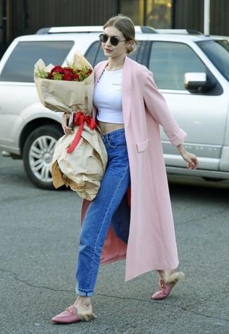 Hadid Look Jeans Top Corto Boyfriend Gigi Rosa Di Bianco Cappotto 6EqrEf4x