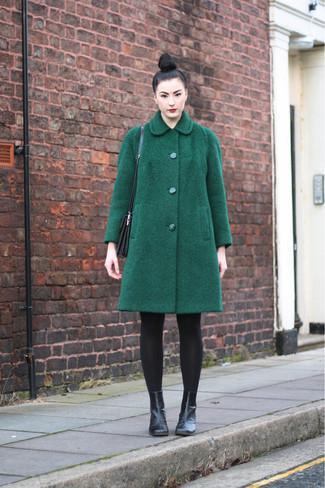 ... Look alla moda per donna  Cappotto verde scuro 8d9f8e7eb38