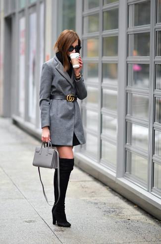 Look alla moda per donna: Cappotto grigio, Vestito di maglia