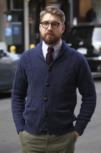 6401efac66 Look alla moda per uomo: Cardigan con collo a scialle blu scuro ...