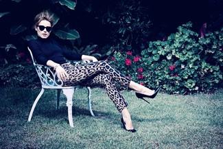 Dolcevita nero pantaloni skinny leopardati marrone chiaro décolleté in pelle neri large 1102