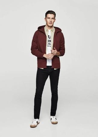 designer fashion 0d3ea 31952 Look alla moda per uomo: Felpa con cappuccio bordeaux ...