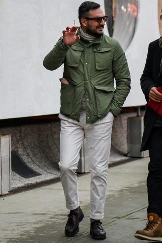 Come indossare e abbinare una berretto marrone chiaro: Prova ad abbinare una giacca da campo verde oliva con una berretto marrone chiaro per un look perfetto per il weekend. Sfodera il gusto per le calzature di lusso e scegli un paio di scarpe derby in pelle nere.