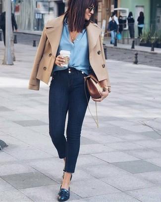 Look alla moda per donna: Giacca da marinaio marrone chiaro