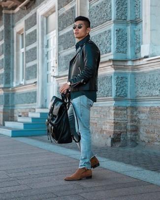 Come indossare e abbinare stivali chelsea in pelle scamosciata marroni: Scegli una giacca da moto in pelle nera e jeans strappati azzurri per un look perfetto per il weekend. Scegli uno stile classico per le calzature e calza un paio di stivali chelsea in pelle scamosciata marroni.
