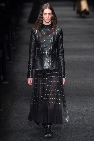 Stivaletti in pelle con borchie neri di Alexander McQueen