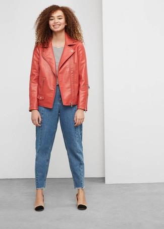on sale a37d6 78f8a Come indossare e abbinare una giacca in pelle rossa (39 foto ...