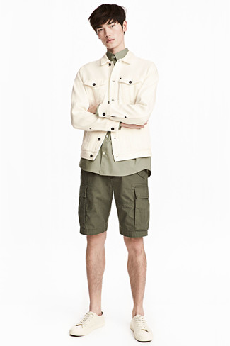 buy popular ca75a f8aa1 Look alla moda per uomo: Giacca di jeans beige, Camicia a ...