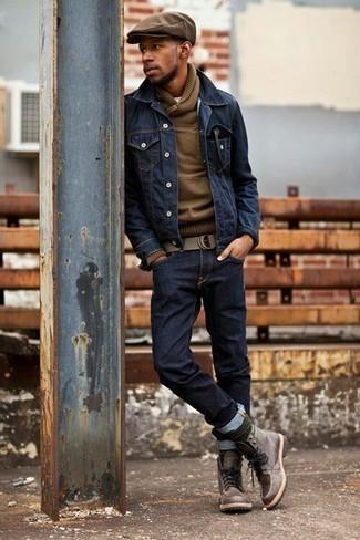 Come indossare e abbinare calzini verde scuro: Prova ad abbinare una giacca di jeans blu scuro con calzini verde scuro per un look perfetto per il weekend. Scegli un paio di stivali casual in pelle marroni come calzature per un tocco virile.