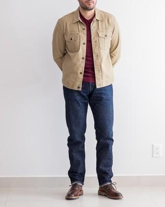 Come indossare e abbinare jeans blu scuro: Abbina una giacca di jeans marrone chiaro con jeans blu scuro per un outfit comodo ma studiato con cura. Sfodera il gusto per le calzature di lusso e prova con un paio di scarpe brogue in pelle marrone scuro.