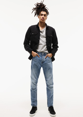 low priced 2984e d5647 Come indossare e abbinare una giacca nera con jeans blu (183 ...
