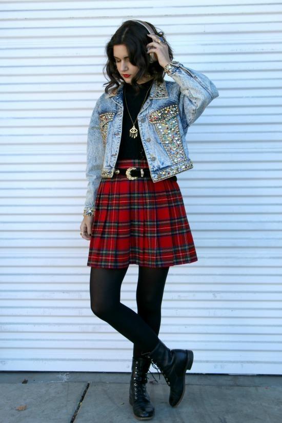 Eccezionale Come indossare una gonna a pieghe scozzese rossa: 7 modi per  CX85