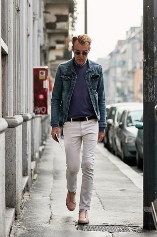 Come indossare e abbinare una bandana: Punta su una giacca di jeans blu e una bandana per un look comfy-casual. Scegli uno stile classico per le calzature e prova con un paio di sneakers senza lacci in pelle marrone chiaro.