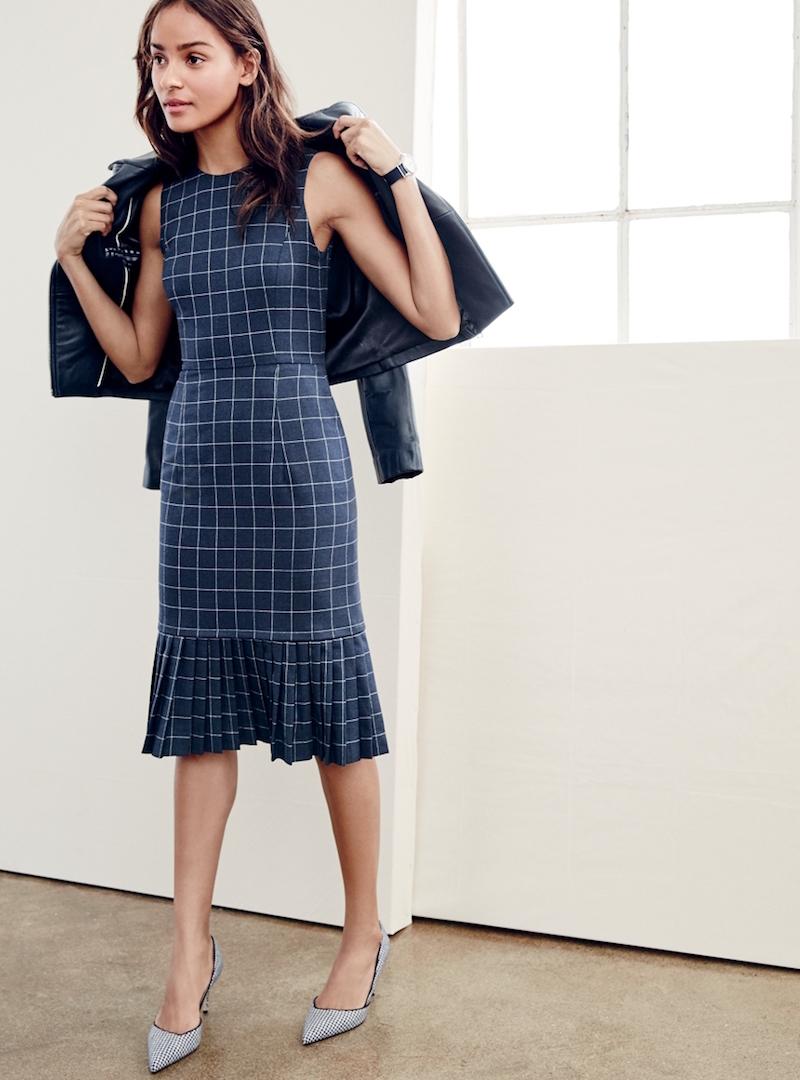 Molto Look alla moda per donna: Giacca in pelle nera, Vestito a tubino a  SB42