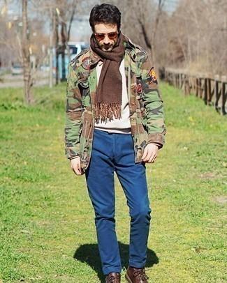 Come indossare e abbinare occhiali da sole marroni: Indossa una giacca militare mimetica verde oliva con occhiali da sole marroni per un look comfy-casual. Mettiti un paio di stivali casual in pelle marroni per mettere in mostra il tuo gusto per le scarpe di alta moda.