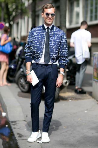 Look alla moda per uomo  Giubbotto bomber stampato blu scuro ... 421862d22ba