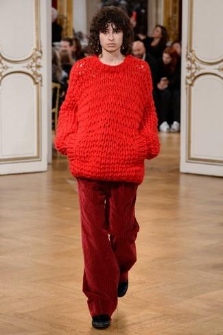 7d2ae54068 Look alla moda per donna: Maglione oversize lavorato a maglia rosso ...