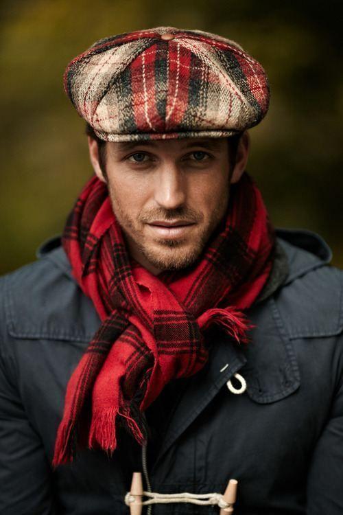Come indossare una coppola scozzese rossa (1 foto)  f643dfccdb17