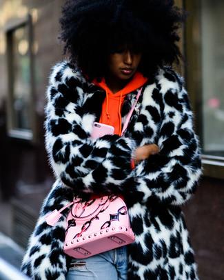 big sale c0a75 99093 Look alla moda per donna: Pelliccia bianca e nera, Felpa con ...