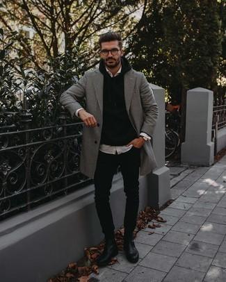 Trend da uomo 2020: Combina un soprabito con motivo pied de poule bianco e nero con jeans aderenti neri per un fantastico look da sfoggiare nel weekend. Opta per un paio di stivali chelsea in pelle neri per dare un tocco classico al completo.