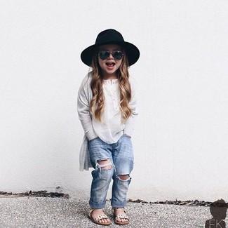 Come indossare e abbinare una t-shirt manica lunga bianca: