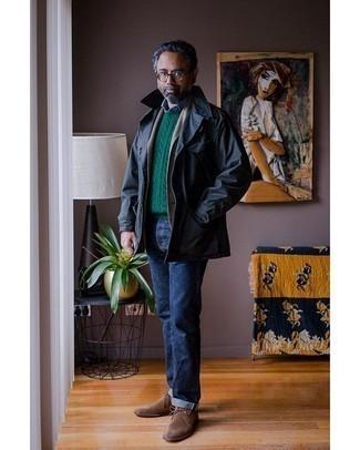 Moda uomo anni 50: Coniuga una camicia giacca blu scuro con jeans blu scuro per un fantastico look da sfoggiare nel weekend. Chukka in pelle scamosciata marroni sono una buona scelta per completare il look.