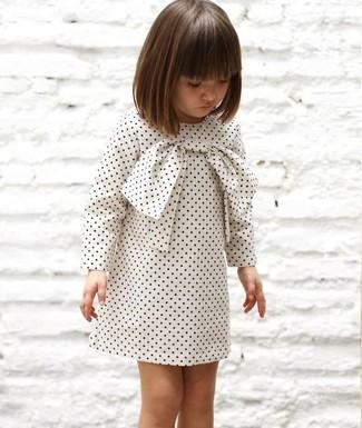 Come indossare: vestito a pois bianco