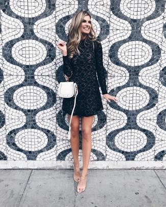 524aba3ef4 Come indossare un vestito a trapezio di pizzo nero (3 foto) | Moda ...