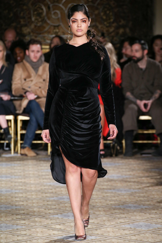 Come indossare e abbinare un vestito di velluto nero (25