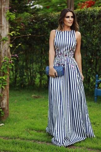 half off 8f33a d21a5 Come indossare e abbinare un vestito lungo a righe verticali ...