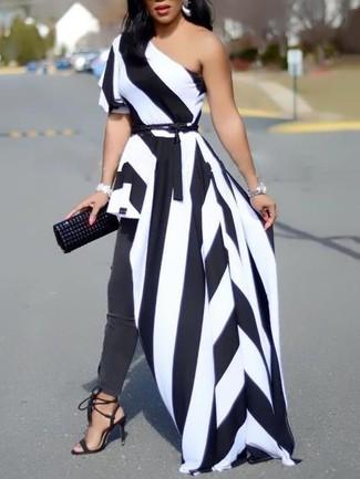 half off c440b 7e259 Look alla moda per donna: Vestito lungo a righe verticali ...