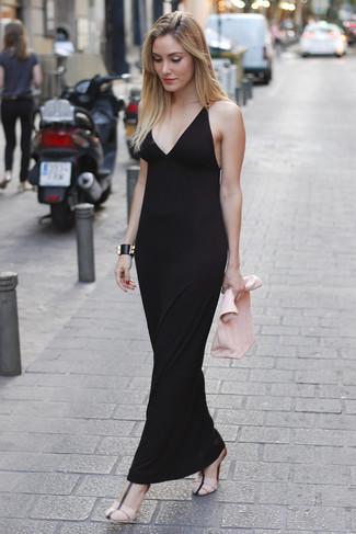 ... Look alla moda per donna  Vestito lungo nero 728b9f4f4ab