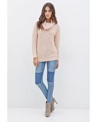 Maglione con scollo a cappuccio rosa