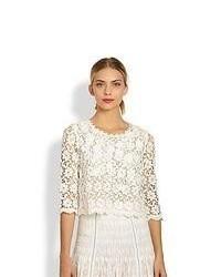 Come Indossare Un Maglione Corto Alluncinetto Bianco 1 Foto