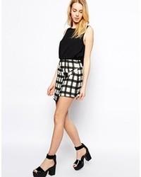 Minigonna a quadri bianca e nera di Fashion Union