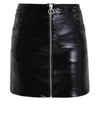 Minigonna in pelle nera di Zoe Karssen