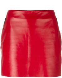 Minigonna in pelle rossa di Barbara Bui