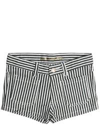 Pantaloncini bianchi e neri