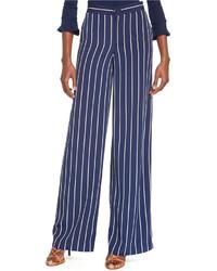 Pantaloni larghi a righe verticali blu scuro e bianchi