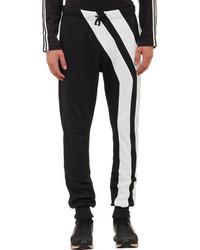 Pantaloni sportivi neri e bianchi