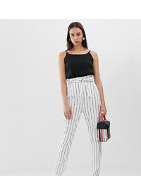 Pantaloni stretti in fondo a righe verticali bianchi di Asos Tall