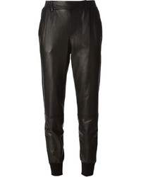 Pantaloni stretti in fondo in pelle neri di Vince