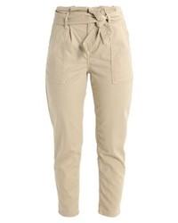 Pantaloni stretti in fondo marrone chiaro di Topshop