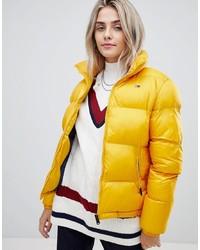 Piumino giallo di Tommy Jeans