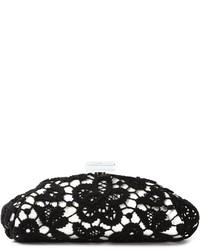 Pochette di pizzo nera di Chanel