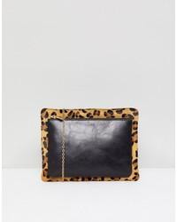 Pochette in pelle leopardata nera di Urbancode