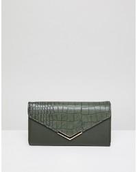 Pochette in pelle verde oliva di Yoki Fashion
