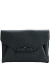 Pochette nera di Givenchy