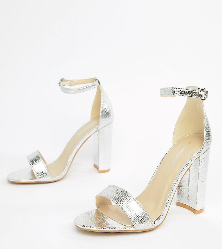 Sandali con tacco in pelle argento di Glamorous Wide Fit