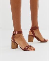 Sandali con tacco in pelle marroni di Ted Baker